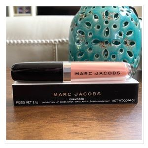 MARC JACOBS Hydrating Lip Gloss Stick - 🆕